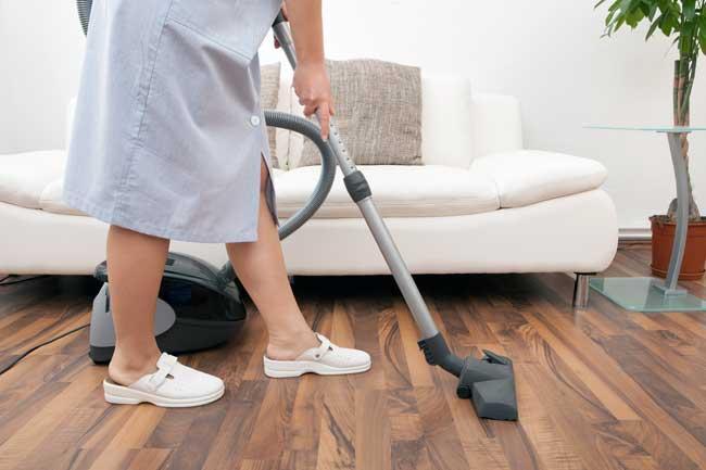 Depositan primer CCT para empleadas del hogar