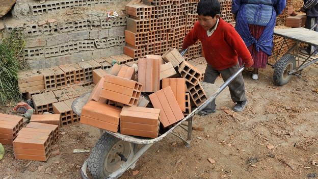 Ilegal, labor de 90% de niños que trabajan