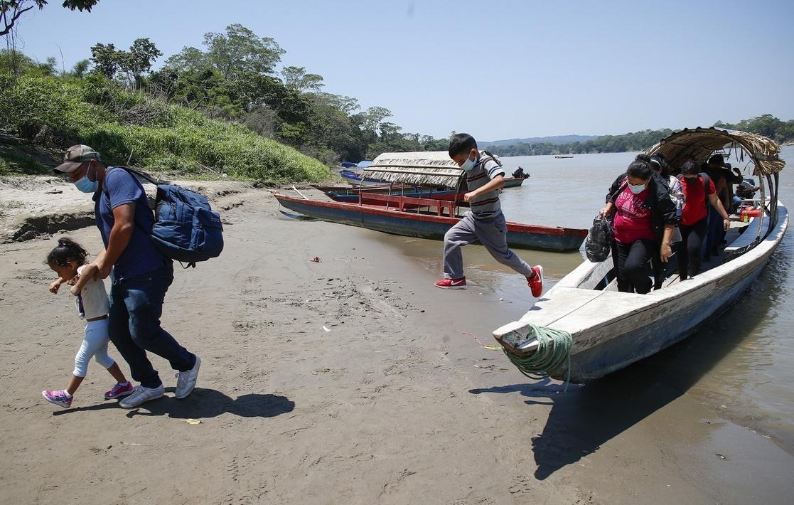 Implementarán proyectos para integrar migrantes en México y Chile