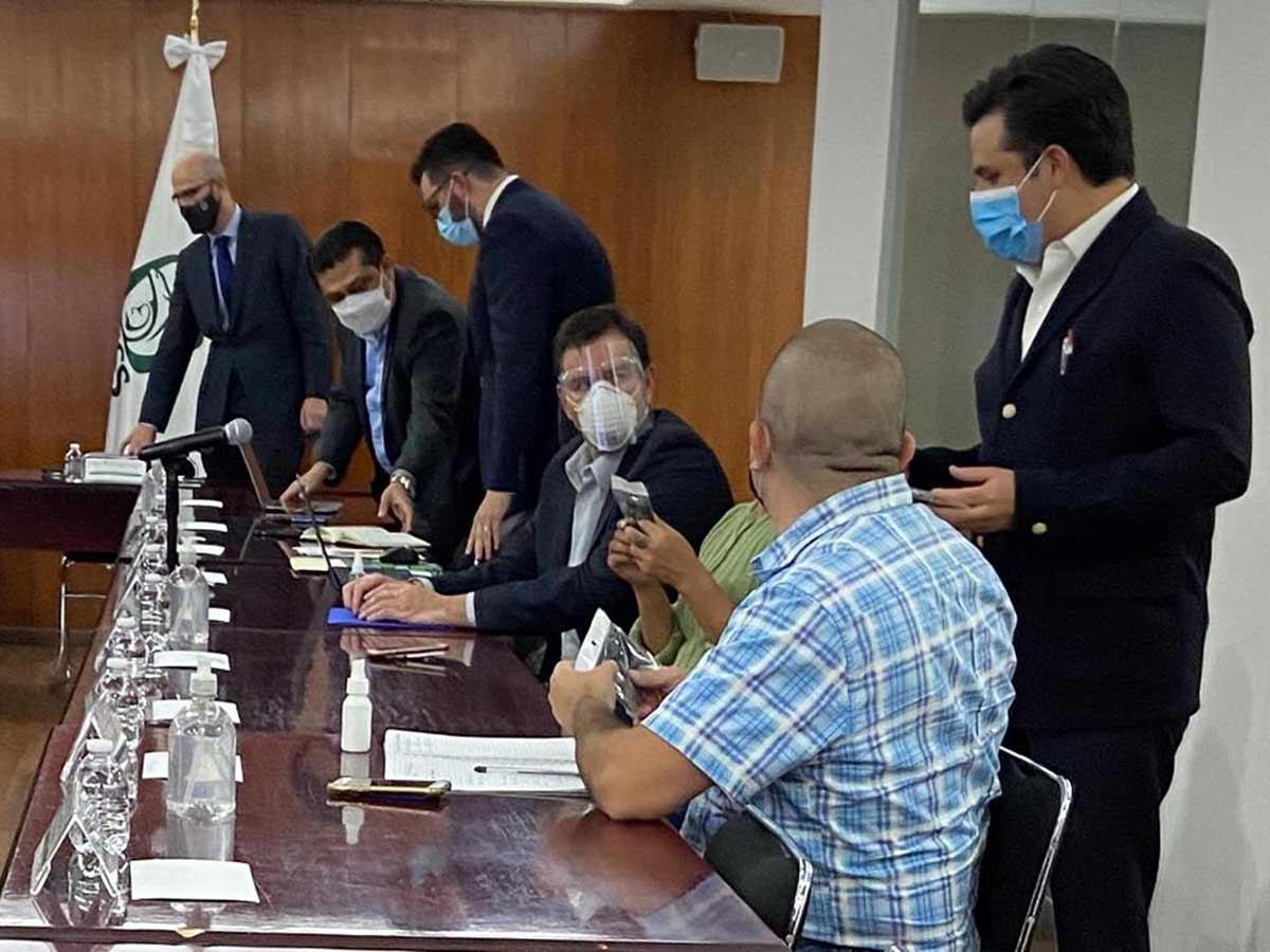 IMSS alista red de abasto de medicamentos oncológicos
