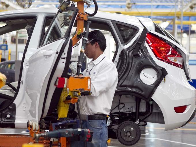 Inicia nueva era laboral en el sector automotor