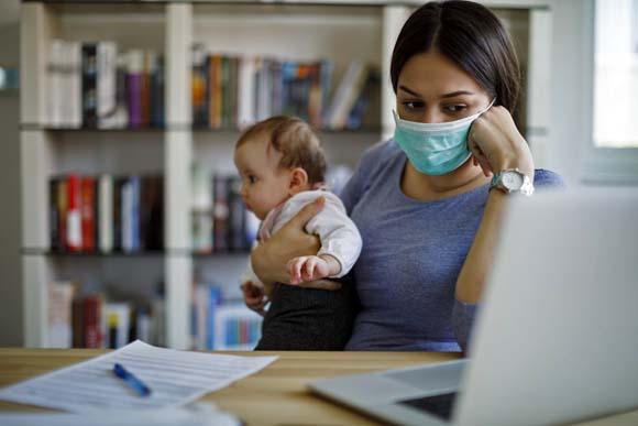 La pandemia pega con más fuerza las finanzas de las mujeres