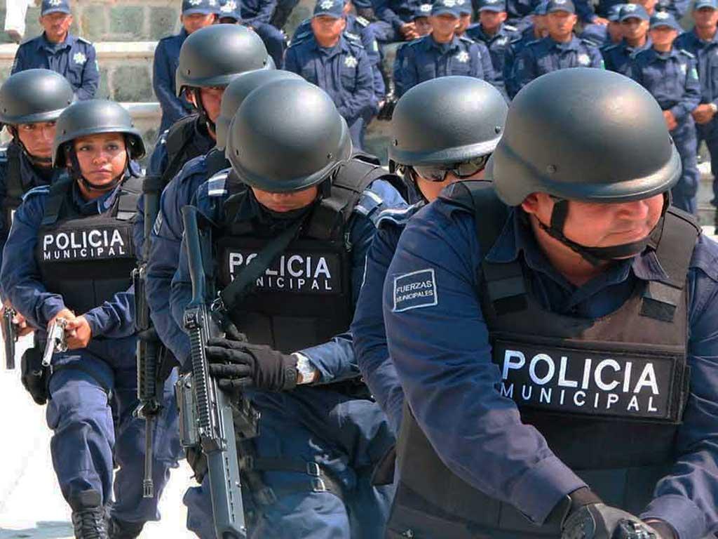 Necesidad económica principal causa para ingresar a corporaciones policíacas: Inegi