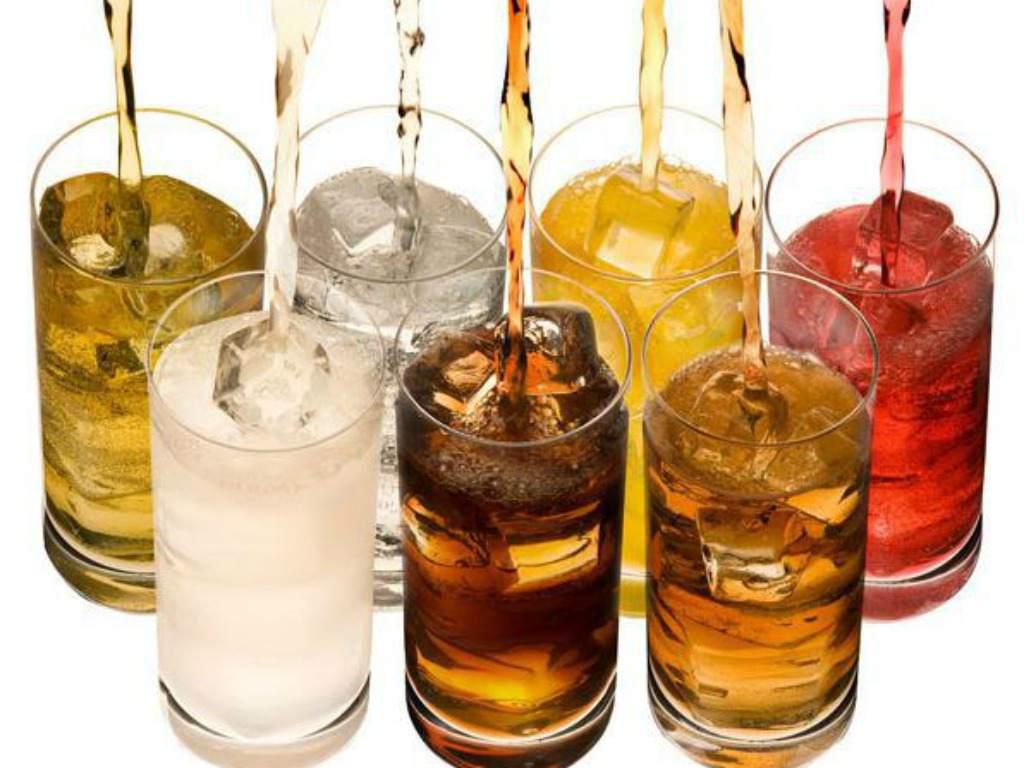 Pide OMS gravar bebidas azucaradas
