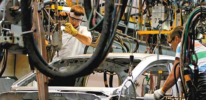 Resiente salarios incremento en productos