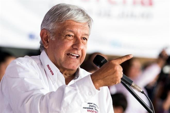 Vamos a modificar la ley para que haya democracia sindical: López Obrador