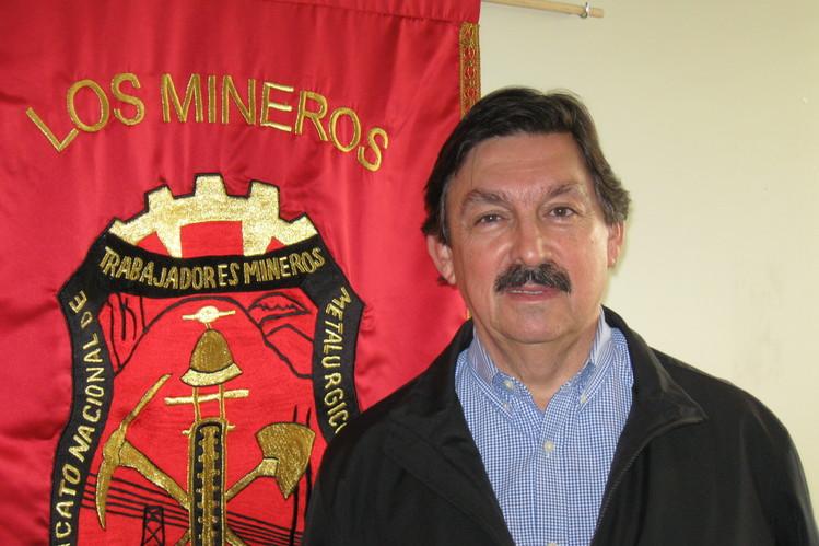 Morena define lista de aspirantes a diputados y senadores plurinominales