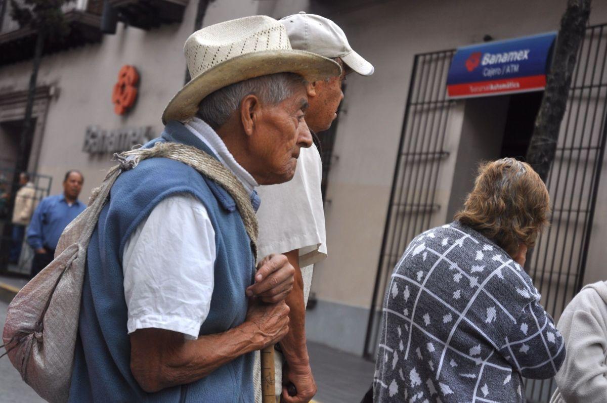 Sólo 600 pesos reciben en pensión los mexicanos