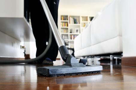 99 de cada 100 trabajadores domésticos laboran sin un contrato escrito
