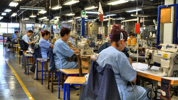 Se pierden en 30 días 108 empleos en industria manufacturera
