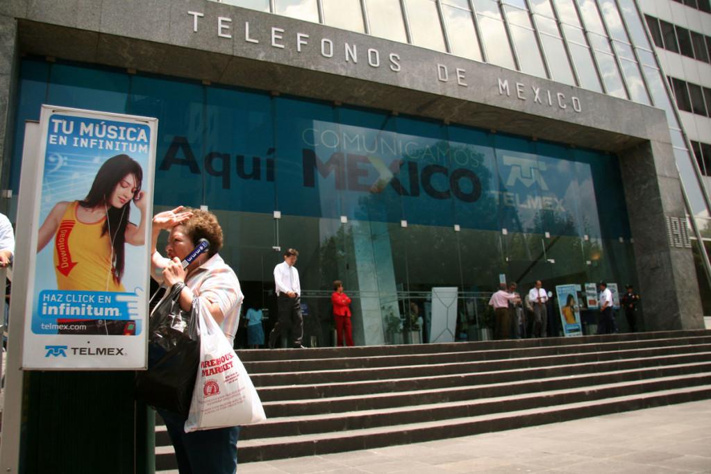 Se unen empleados de Telmex Cozumel al paro nacional